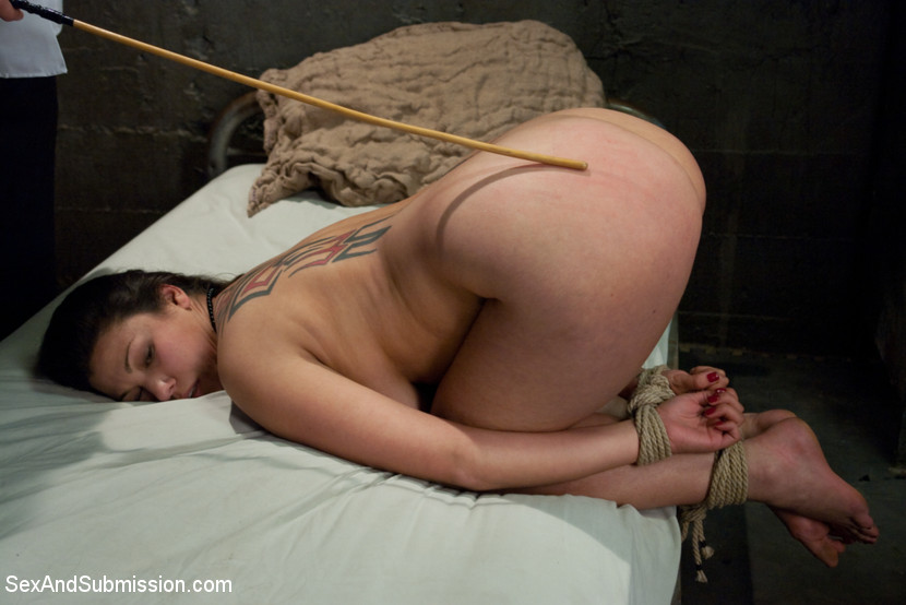 gang bang lesbienne dominatrice annonce